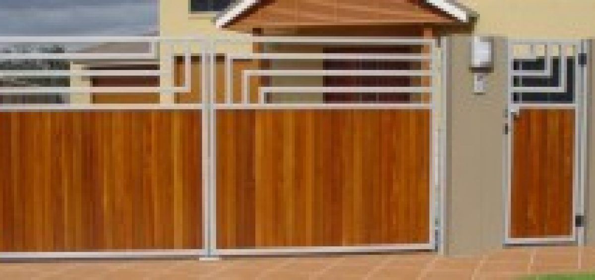 Timber Gates Brisbane - manually or electronically operated